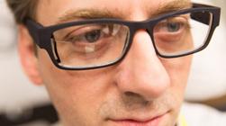 Google Glass太丑?卡尔蔡司也要做智能眼镜