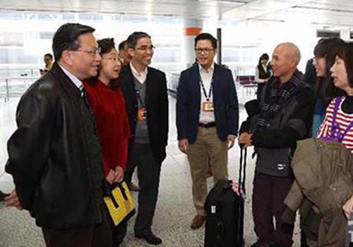 张炳良:社会应该对暴力行为予以谴责