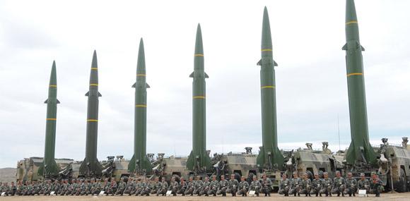 多軍種春節聯合備戰 火箭軍試射新型飛彈