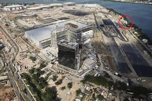 巴西两钉子户拒绝拆迁赔偿 被圈入奥运会场与世隔绝