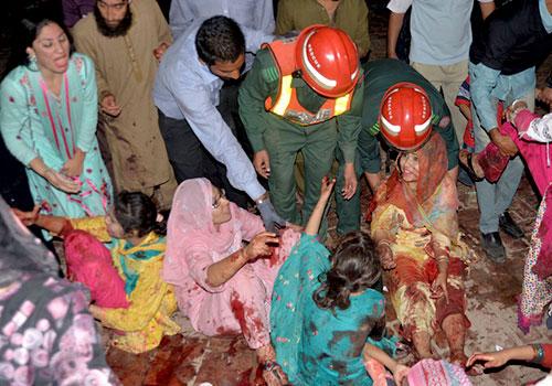 巴基斯坦自杀炸弹袭击造成至少63人死亡