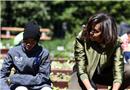 白宫菜园开种 第一夫人带学生种菜