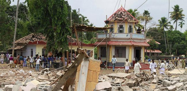 新年庆典乐极生悲  印度寺庙大火超百人死亡