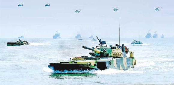 駐閩31集團軍演練登陸突擊 東南海域模擬實戰