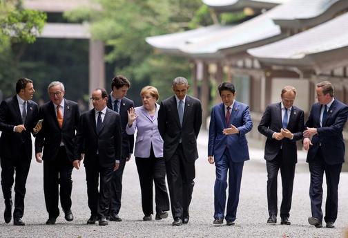 """安倍""""精心设计"""" G7首脑访神宫疑献媚日右翼"""