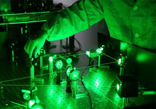 中国首个量子卫星探秘