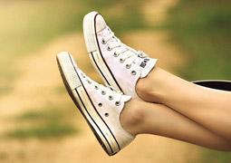 人一生的走動量可繞地球4圈 今天你護腳了嗎
