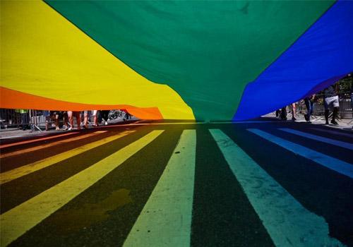 纽约举行同性恋骄傲大游行
