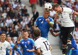 八分之一决赛:德国胜斯洛伐克