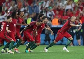 欧锦赛四分之一决赛:葡萄牙胜波兰