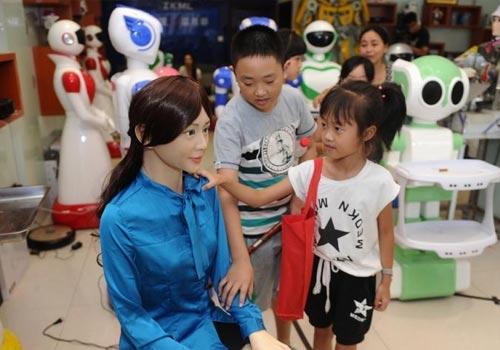 湖南首家机器人5S店落户长沙