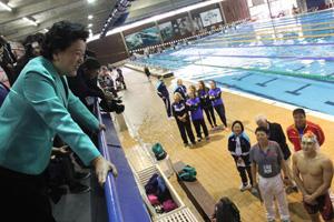 刘延东在圣保罗赛前训练营看望中国体育代表团
