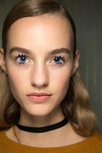 蓝色—睫毛膏