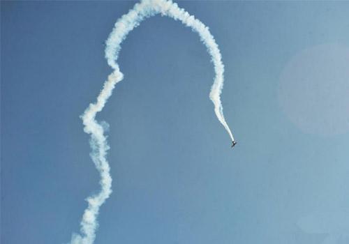 国际通用航空大会表演飞机坠机