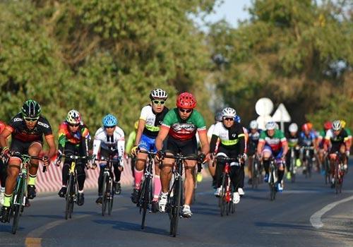 环胡杨林国际自行车赛在额济纳举行