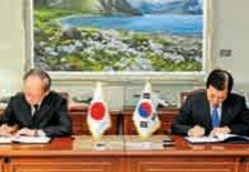 """韩外交""""变脸"""":投怀送抱还是迫于压力?"""