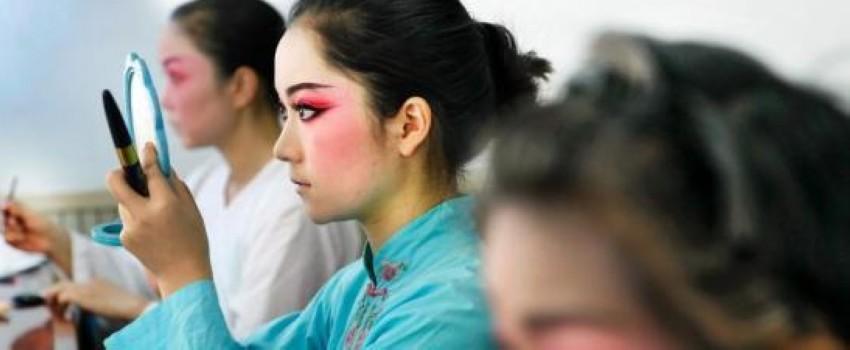 国粹网上众筹 郭德纲加盟《龙凤呈祥》