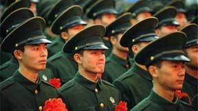 解放军30万大裁军全面铺开 集团军结构势精简层次