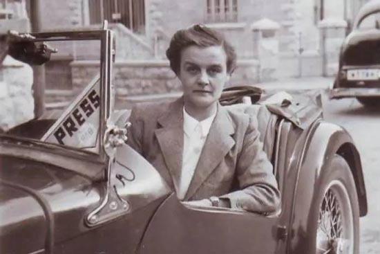 那個最早報道二戰爆發的傳奇女記者去了