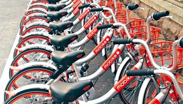 """市民""""抢""""单车上班 政府严格把关促业界良性发展"""