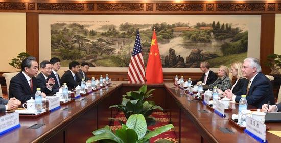 """中美在朝鲜半岛问题上""""对表""""是蒂勒森此访重要议题."""