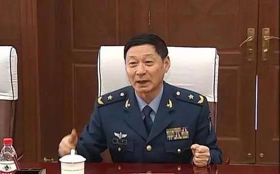 北京观察:空军将领首次担任省军区司令