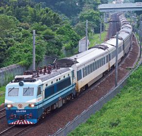 沪港列车20载迎送172万客