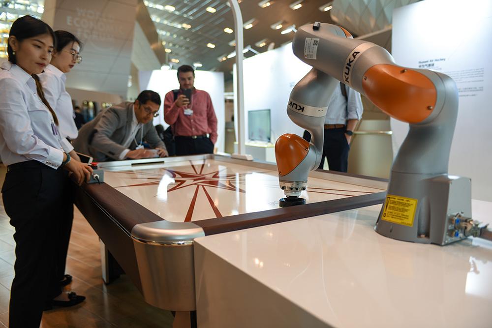报告料AI助中国经济提速1.6 - 一博 - 一博的博客! 文化点亮风采!