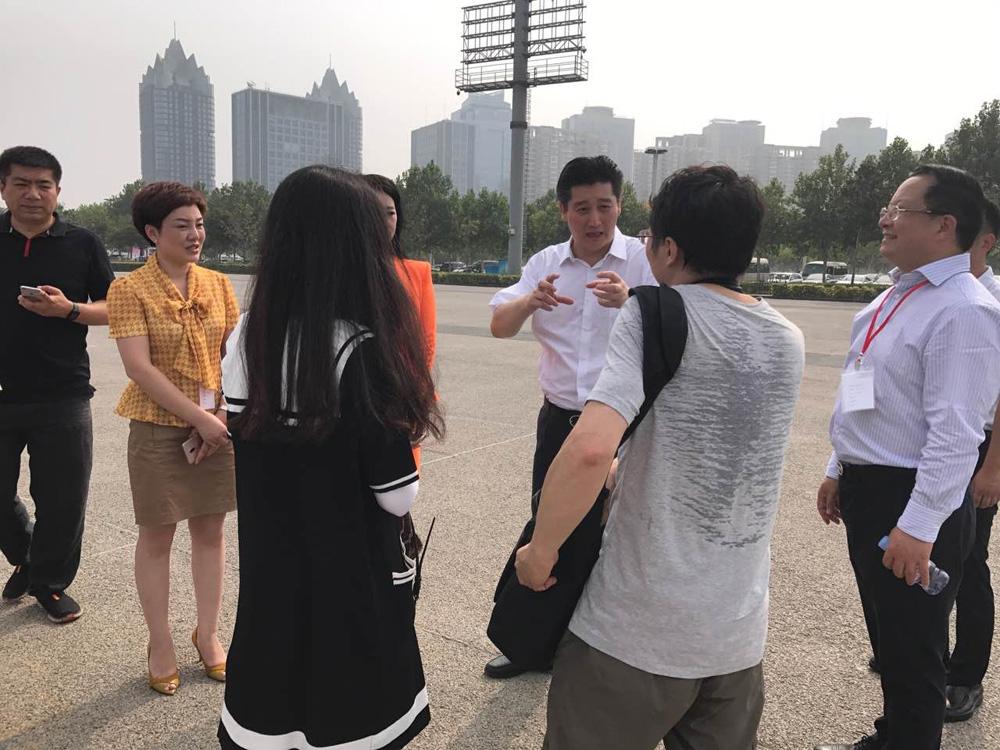 郑州报业集团大力支持