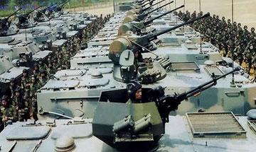 从徒步行军迈向信息作战--中国军队80年的历史性跨越