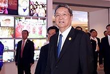 俞正聲出席內蒙古自治區成立70周年慶祝活動