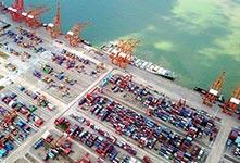 南方千万吨海港钦州港