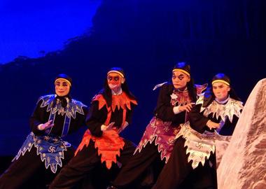 河南许昌:公益戏曲晚会传递传统文化