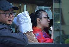 九寨溝震區最後一批遊客安全轉移