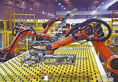 """三大建設進展順利 帶動全球增長""""第一引擎"""""""