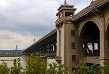 武汉长江大桥建成通车60周年