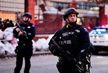 纽约发生卡车撞人恐怖袭击
