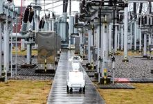重慶空地立體電網巡檢機器人亮相