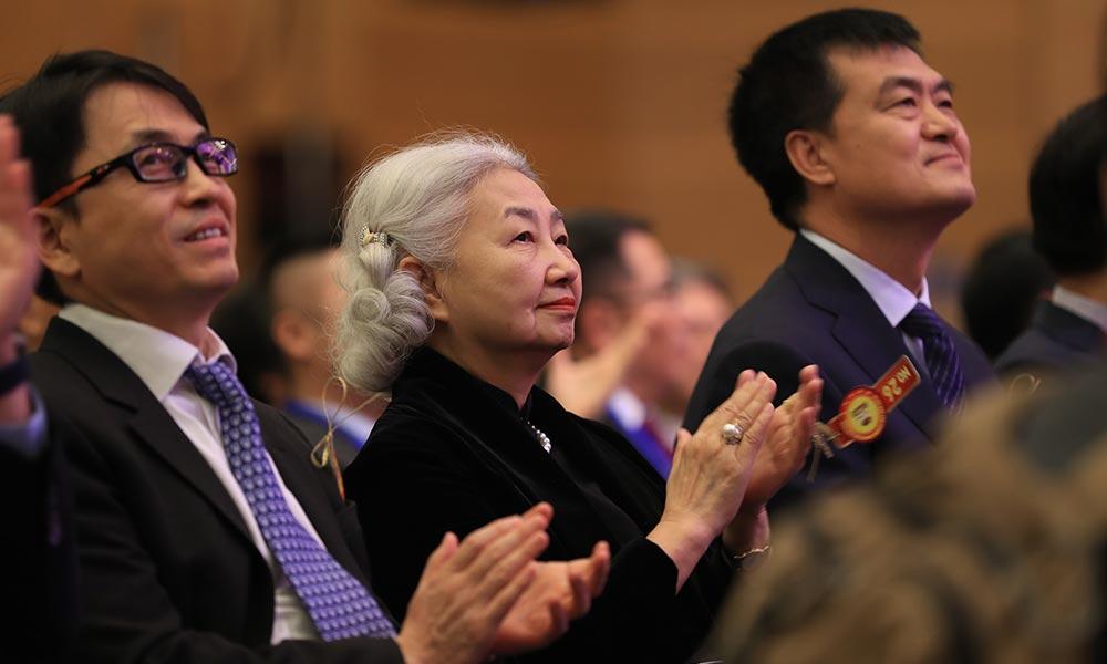 香港特区基本法委员会副主任梁爱诗