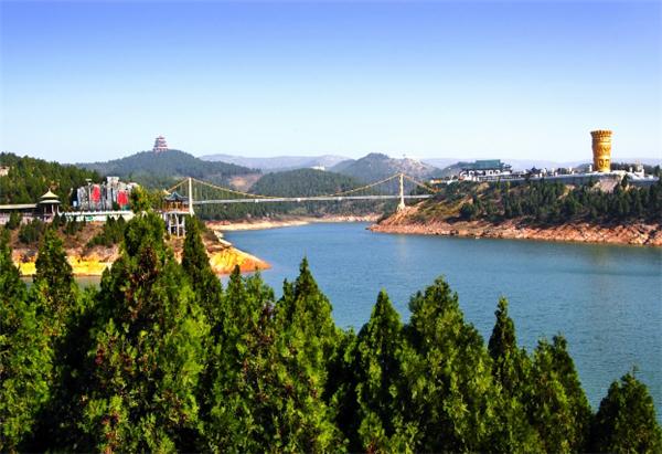 河南丹江水库上的名珠——丹江大观苑