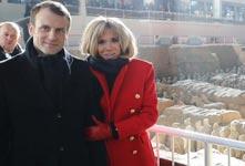法國總統馬克龍攜夫人參觀兵馬俑