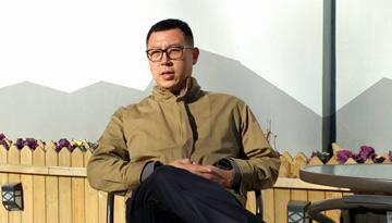 """港青姜天活用""""区块链""""建智慧城市"""