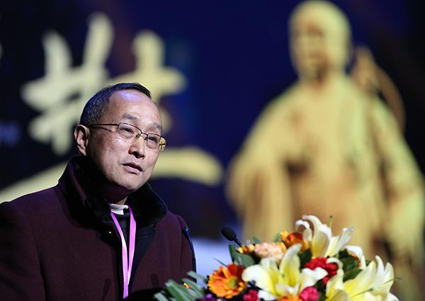 何方耀:向世界洒下中华文化的种子