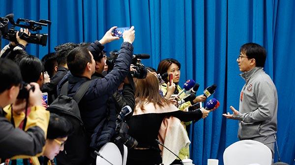 全國政協十三屆一次會議文藝界小組會議舉行
