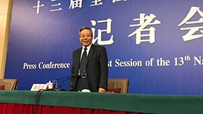 教育部長陳寶生:擺在教育工作者面前有兩大考題