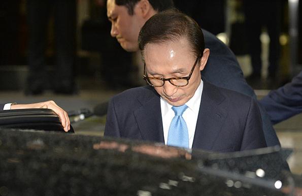 李明博涉案範圍或超朴槿惠 韓法院將審查是否逮捕