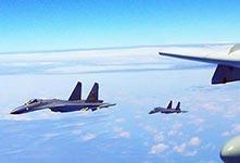 战机连续绕岛 检验实战能力