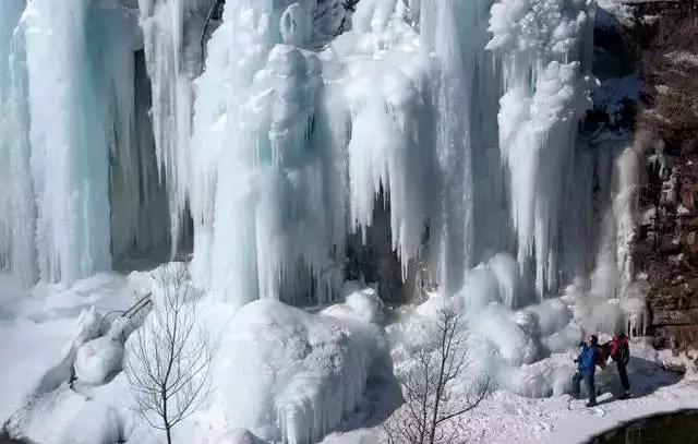 冰雪盛宴/木札岭景区第二届冰挂节